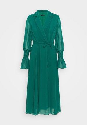 Galajurk - emerald green