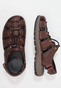 Clarks - BRIXBY COVE - Sandales de randonnée - dark brown - 1