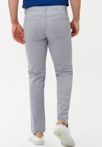 BRAX - STYLE CADIZ - Slim fit jeans - silver - 2