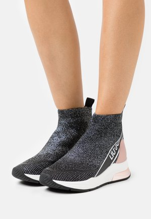 KARLIE MID  - High-top trainers - black