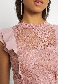 WAL G. - HUMERA LACE SKATER DRESS - Žerzejové šaty - blush pink - 5