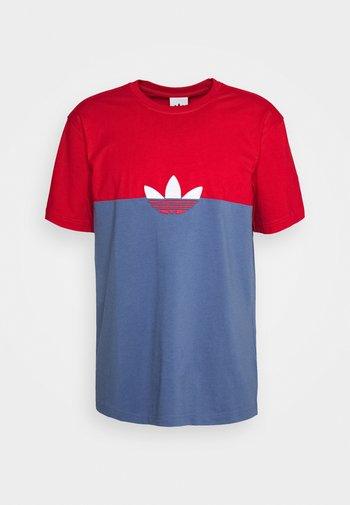 SLICE BOX - T-shirts print - crew blue/scarlet
