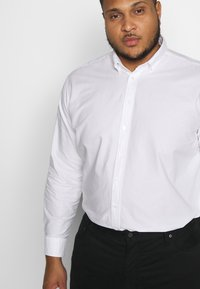 Seidensticker - COMFORT FIT - Shirt - white - 3