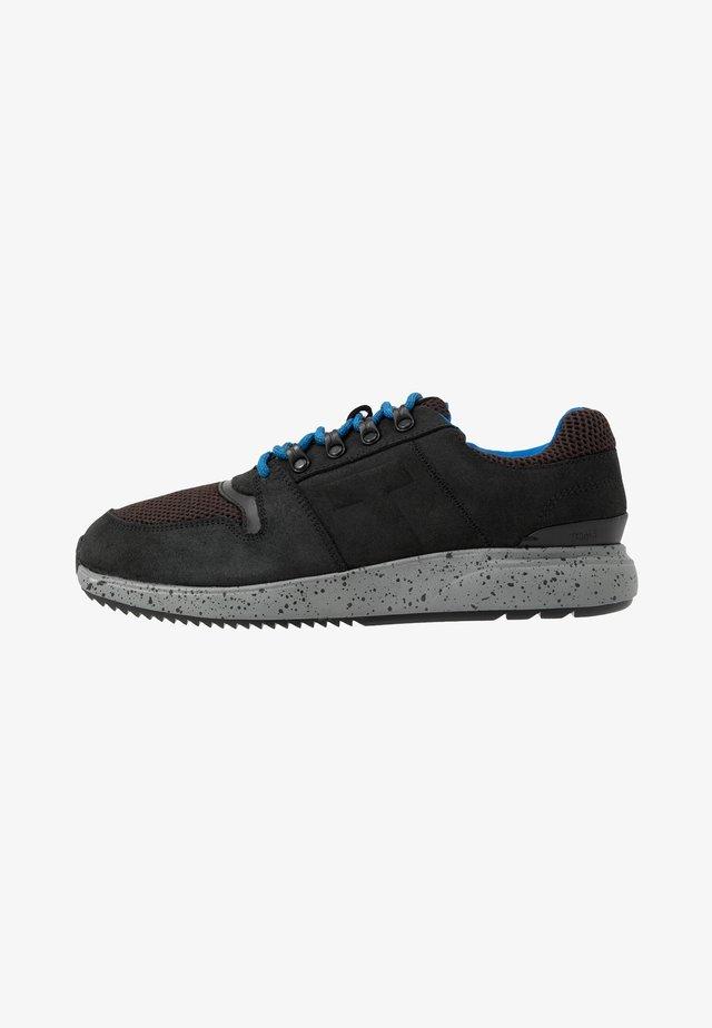 ARROYO - Sneakers laag - black