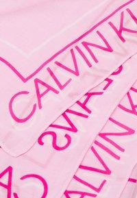 Calvin Klein Jeans - GLOW SCARF - Šátek - pink - 1