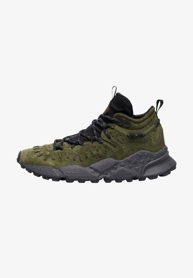 High-top trainers - dunkelgrün