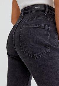 PULL&BEAR - Slim fit jeans - mottled black - 3