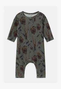 Name it - NBMROBIN  - Pyjamas - agave green - 0