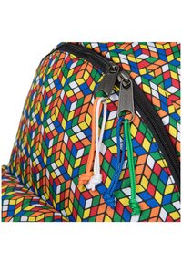 Eastpak - PADDED PAK'R - Rucksack - rubik's color - 3
