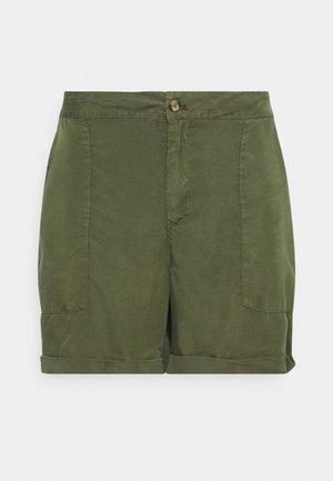 TAMMY - Shorts - kaki/green