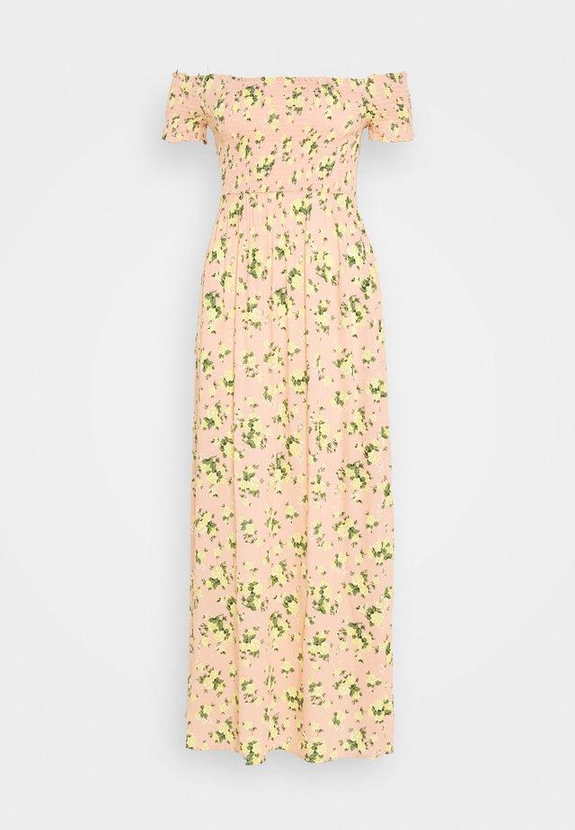 AMIRRA SHIRRED - Vestito lungo - pink