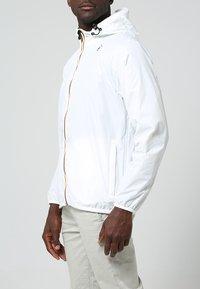 K-Way - CLAUDE 3.0 UNISEX  - Summer jacket - white - 2