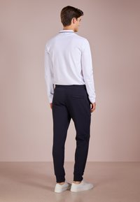 Emporio Armani - PANTALONI - Teplákové kalhoty - blu scuro - 2