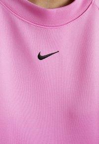 Nike Sportswear - CREW LOGO TAPE - Sweatshirt - china rose/black - 5