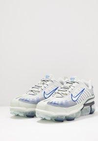 Nike Sportswear - AIR VAPORMAX 360 - Sneakers basse - spruce aura/racer blue/pistachio frost/obsidian/silver pine/metallic silver - 2