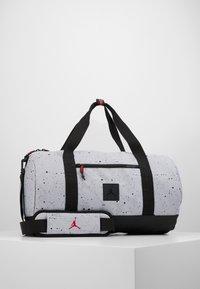 Jordan - DUFFLE - Sportovní taška - wolf grey - 0
