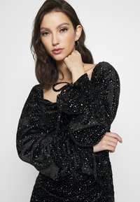 Missguided - COSTELLO TIE SLEEVE RUCHED GLITTER DRESS - Shift dress - black - 5