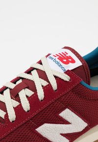 New Balance - 720 UNISEX - Trainers - red - 5