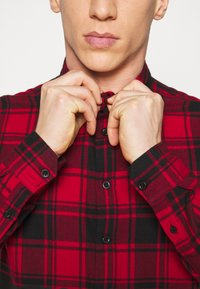 Denim Project - CHECK - Shirt - red - 4