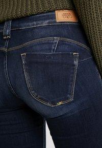 Le Temps Des Cerises - PULP REG - Straight leg jeans - blue - 5
