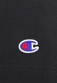 Champion Reverse Weave - CREWNECK  - Basic T-shirt - black - 2