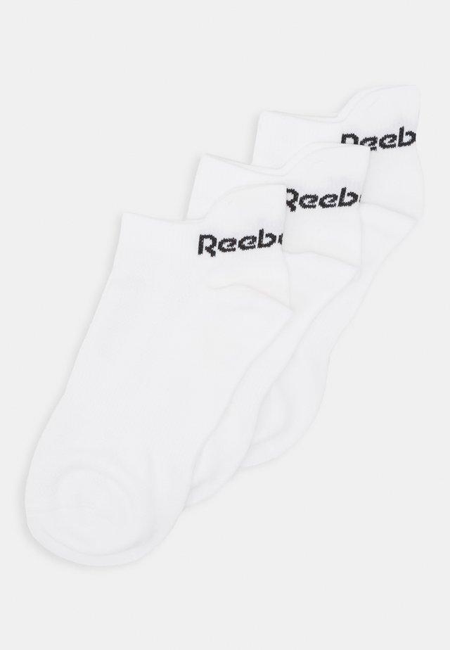 TECH STYLE 3 PACK - Trainer socks - white/white/tingre