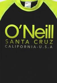 O'Neill - CALI  - Rash vest - black out - 2