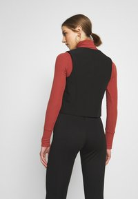New Look - FITTED WAISTCOAT - Blouse - black - 2