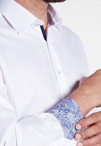 Eterna - FITTED WAIST - Formal shirt - white - 2
