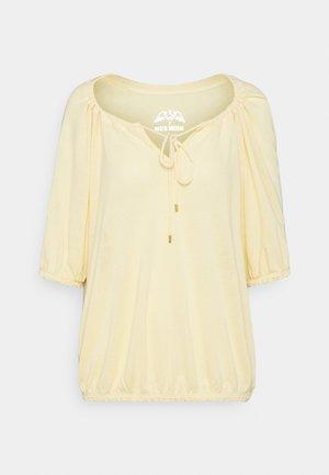 AVIE TEE - T-shirt basic - charmomile