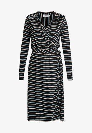 STRIPED - Žerzejové šaty - art black