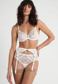 Chantelle - SEGUR SHORTY - Culotte - milk - 1
