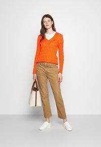 Polo Ralph Lauren - CLASSIC - Strikkegenser - fiesta orange - 1