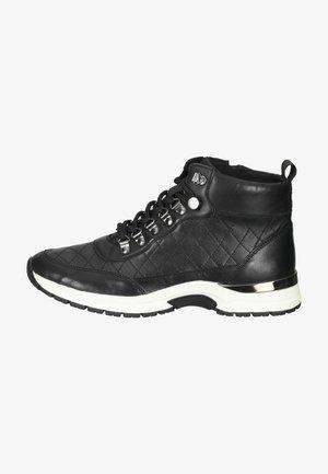 Sneakers hoog - black comb