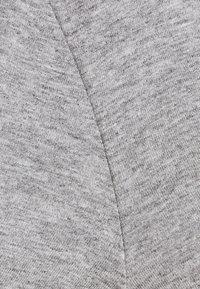 By Malene Birger - FEVIA - Basic T-shirt - med grey - 6