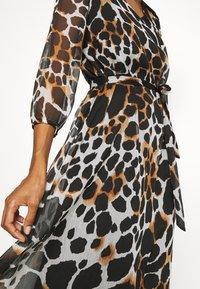 Cartoon - LANG - Maxi dress - grey/black - 5