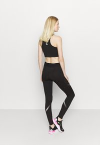 Puma - RUNNER REGULAR RISE FULL - Leggings - black