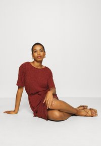 Selected Femme - SLFIVY BEACH DRESS - Žerzejové šaty - red - 3