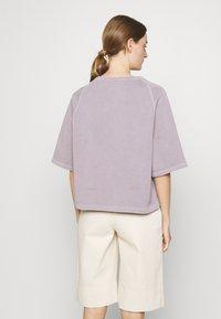 CLOSED - WOMEN - T-shirt imprimé - dark mauve - 2