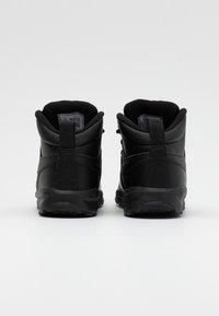 Nike Sportswear - MANOA '17 - Vysoké tenisky - black - 2