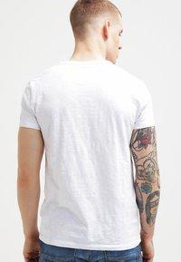 Samsøe Samsøe - LASSEN  - T-Shirt basic - white - 2