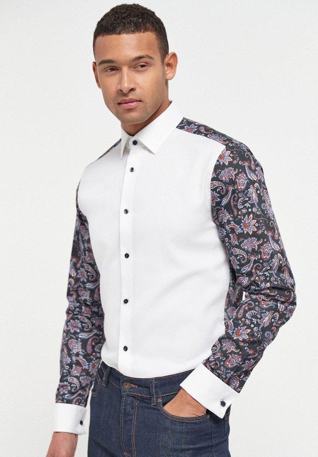 PRINTED OCCASION - Košile - white