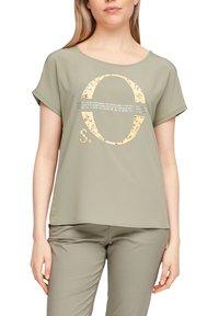 s.Oliver - Print T-shirt - khaki placed print - 3