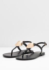 PARFOIS - Sandály s odděleným palcem - black - 4