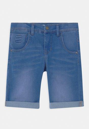 NKMTHEO  - Denim shorts - medium blue denim