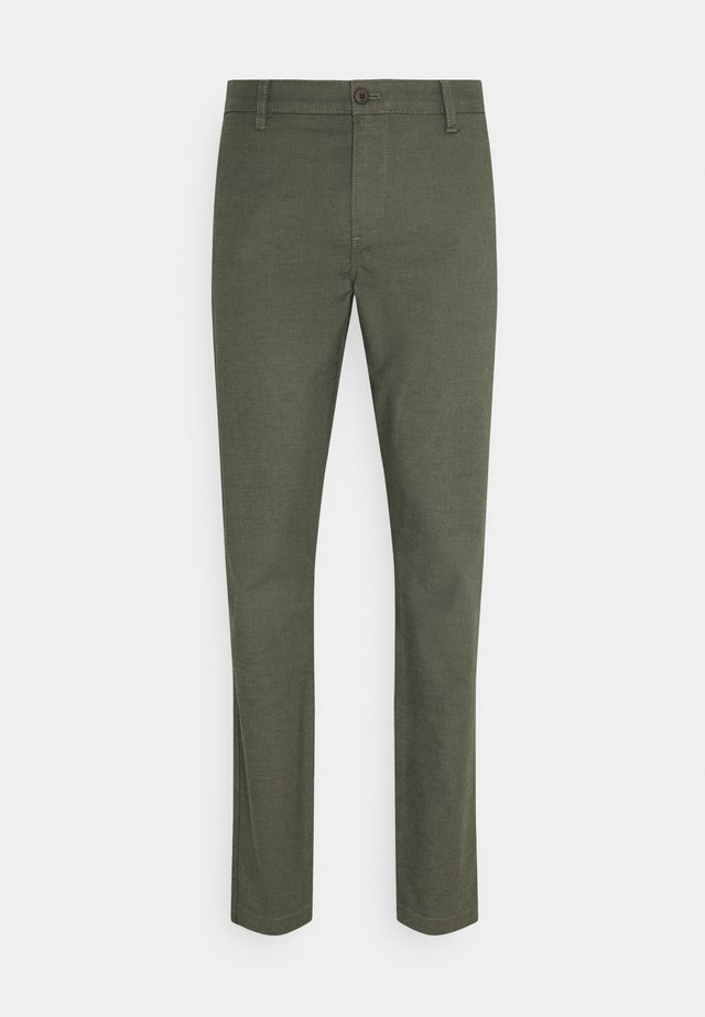 CASUAL TAPERED - Chino kalhoty - sage garden dark