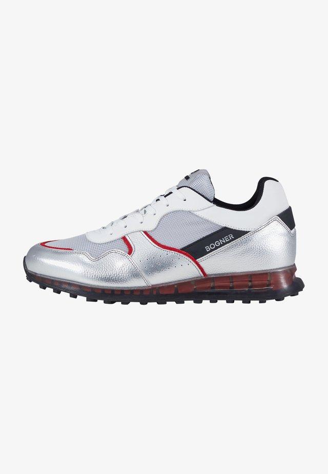 Sneakersy niskie - silber