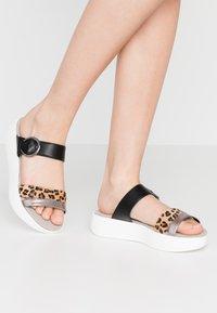 JETTE - Pantofle - brown/black - 0