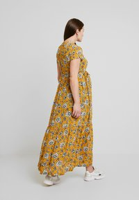 Queen Mum - DRESS NURS DENVER - Jersey dress - sunflower - 3