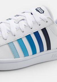 K-SWISS - COURT WINSTON - Trainers - white/blue gradient - 5